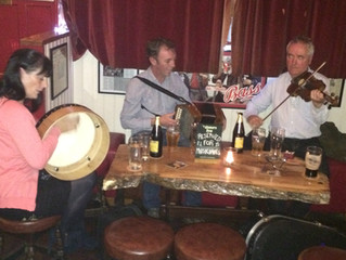 The traditional Irish music Sessions. What  the visitor can expect to see and hear.