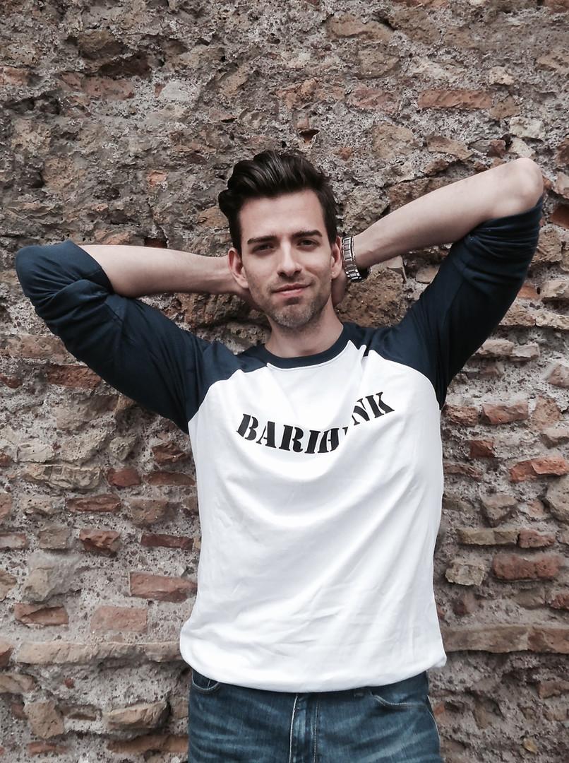 barihunk t-shirt