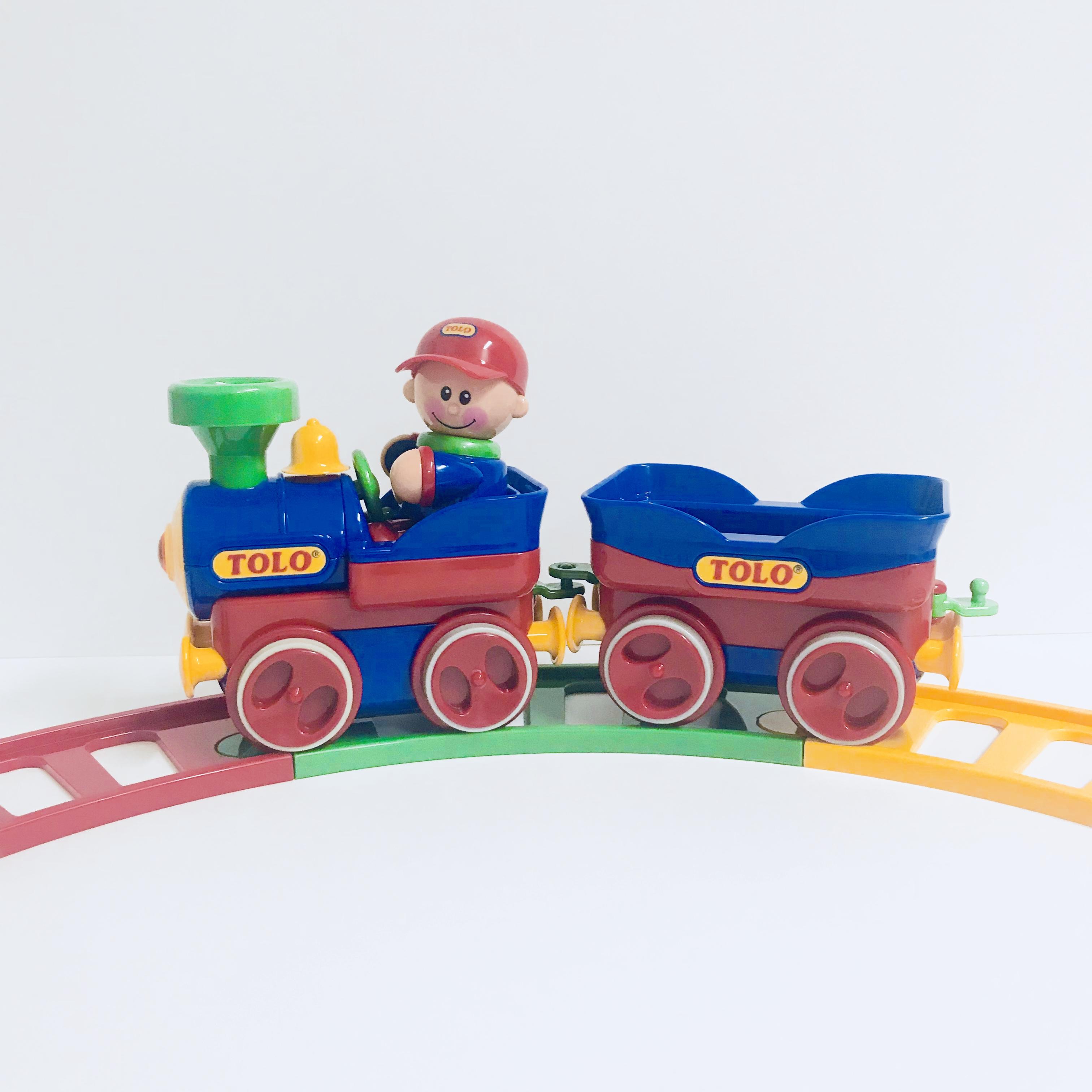 Tolo Train with Tracks