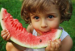 חופש גדול לילדים – רק מבית ספר?  חופש גם מאכילה בריאה? חופש גם להורים?