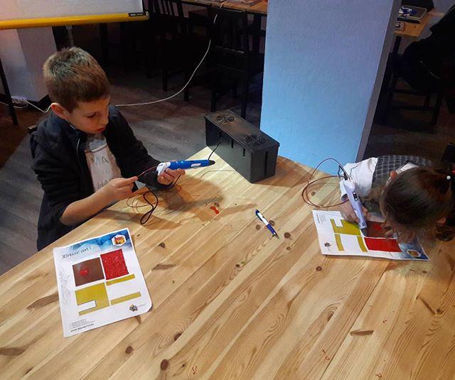 Maker ruhu 😃😄😄#maker216 #maker #math #science #stem #coding #arduino #rasberrypi #ldr #led #physi