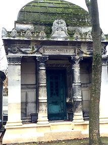 MontmartreMausoleum.JPG