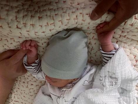 Handmaid's Tale Star Lauren Morelli  Welcomes a Baby