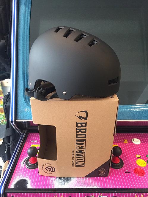 BroTection Helm div. Größen
