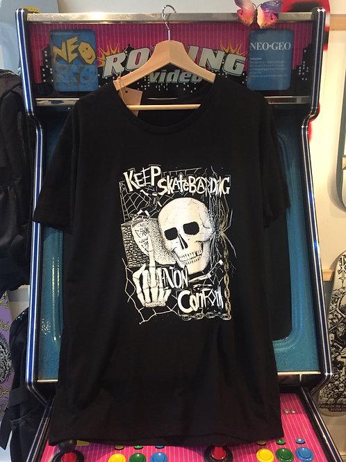 "Nonconform  ""Skull"" T-Shirt"