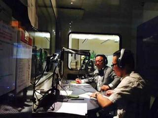 羅賓先生應加拿大中文電台邀請,作為特邀嘉賓為聽眾解答移民相關疑問
