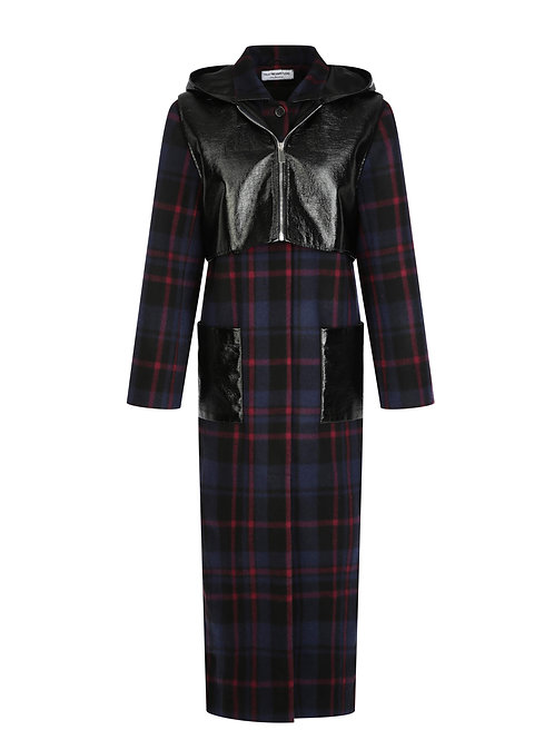 WOOL COAT WITH DETACHABLE LACQUER HOOD