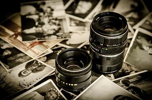 photographs-256888_1920.jpg