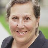 Diane Kashin Headshot.jpeg