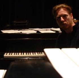 Oliver Strawbs Rehearsal