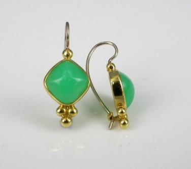 18ct Yellow Gold Chrysoprase Drop Earrings.