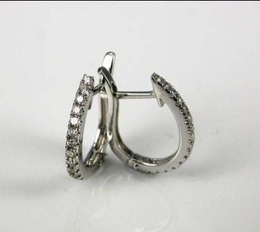 18ct White Gold Thread Set Diamond Earrings