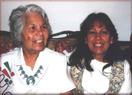 Aunt Glorya, Linda