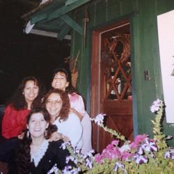 Sisters 4, Linda, Connie, Eva, Deb