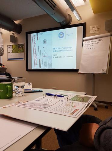 Fortbildung: Fachkundiger für die Erarbeitung und Prüfung der Brandschutzordnung nach DIN 14096