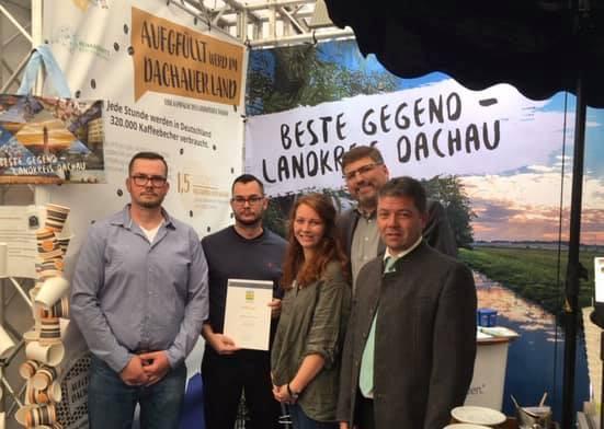 Verleihung der Urkunde des Umweltpakts Bayern.