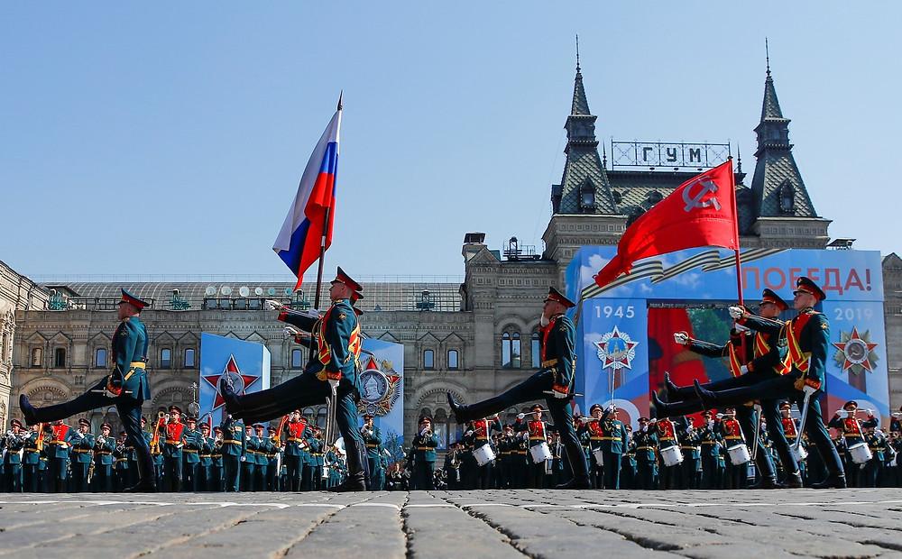Défilé, commémorations, URSS, Russie, traditions, défilé militaire, 8 mai 45, 9 mai 45, etendart, drapeau
