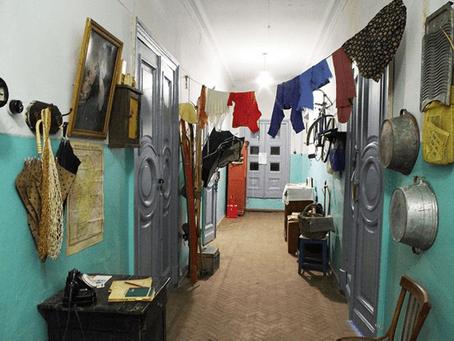 Les Appartements Communautaires (ou Kommunalka)
