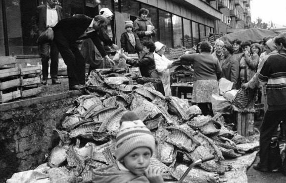 union soviétique, URSS, marche noir, contrebande, inefficacité, distribution, transport