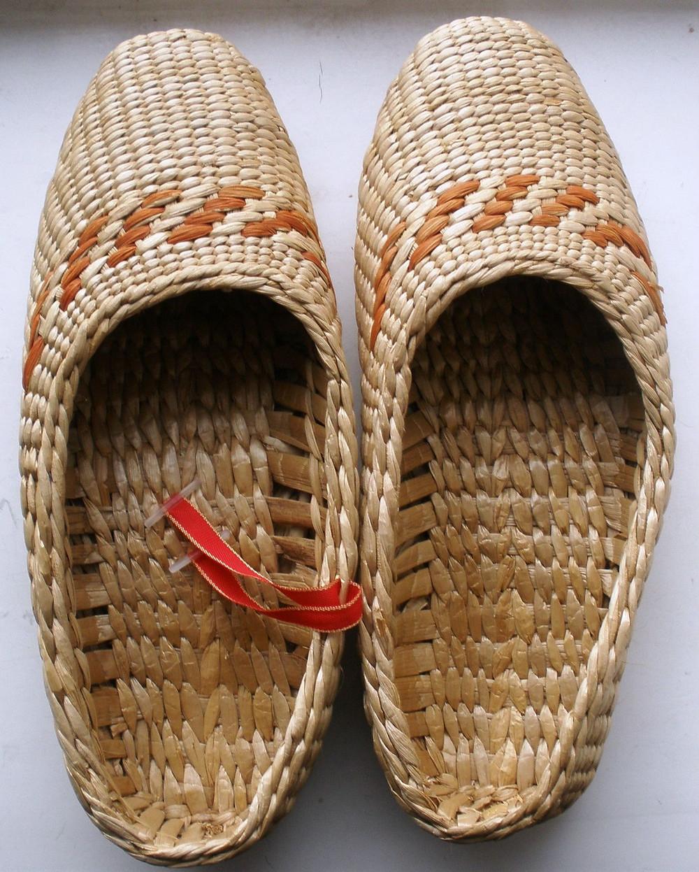 lapti, chausses, chaussures, sandales, espadrilles, sandales