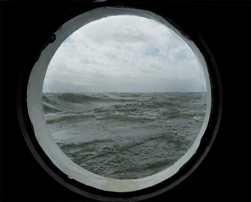 Russie, tourisme, croisière, hublot, houle, vague, tempête, orage, pluie, vent, grain,