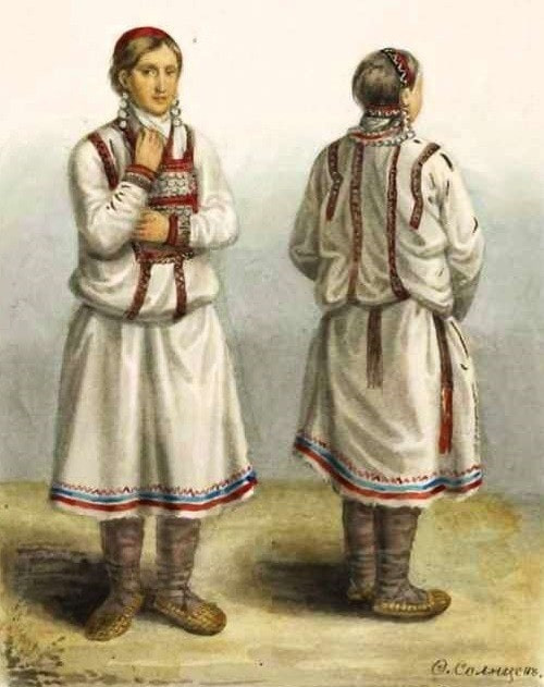 lapti, chausses, chaussures, sandales, espadrilles, sandales a fantaisie, costume traditionnel, tradition