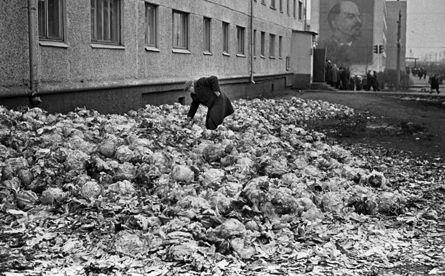union soviétique, URSS, marche noir, contrebande, inefficacité, distribution