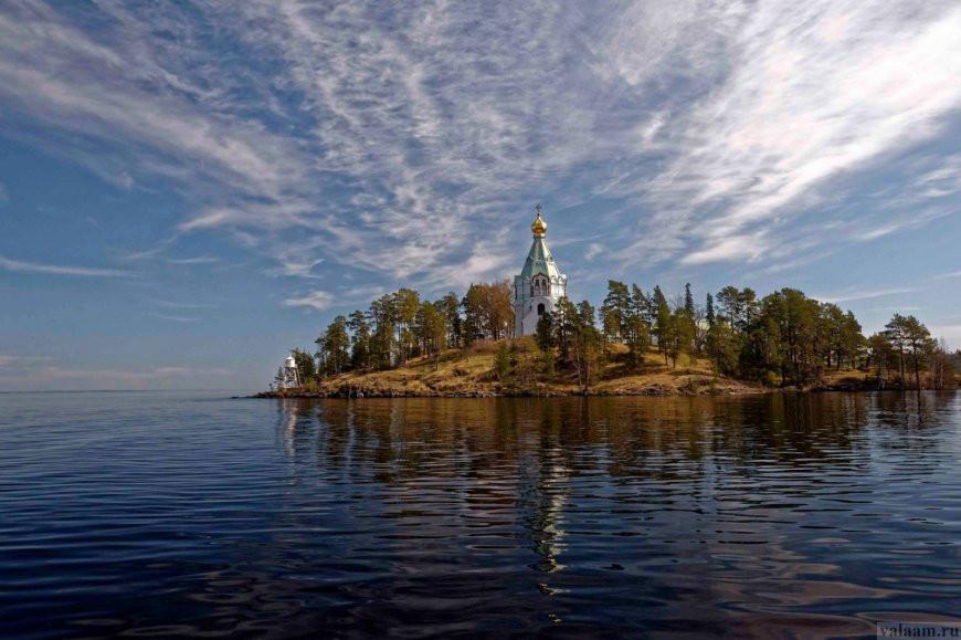 Russie, tourisme, croisière, phare, valaam, pèlerins, pèlerinage