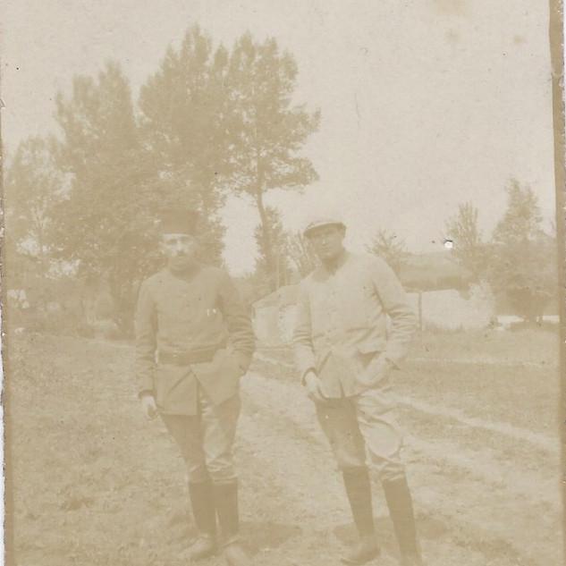 Zouave et soldat d'infanterie 1916