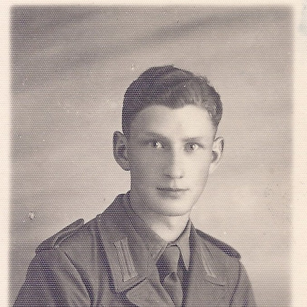 Soldat allemand en tenue tropicale