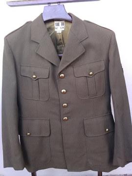 Vareuse armée française , années 60 , datée de 1966 .   English :  1960's tunic from french army .