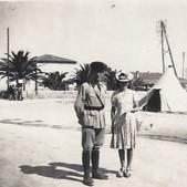 Photographie pris en Algérie , à Port au poule , le 14 juillet 1942 .