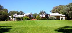 Accommodation, villas, bayside