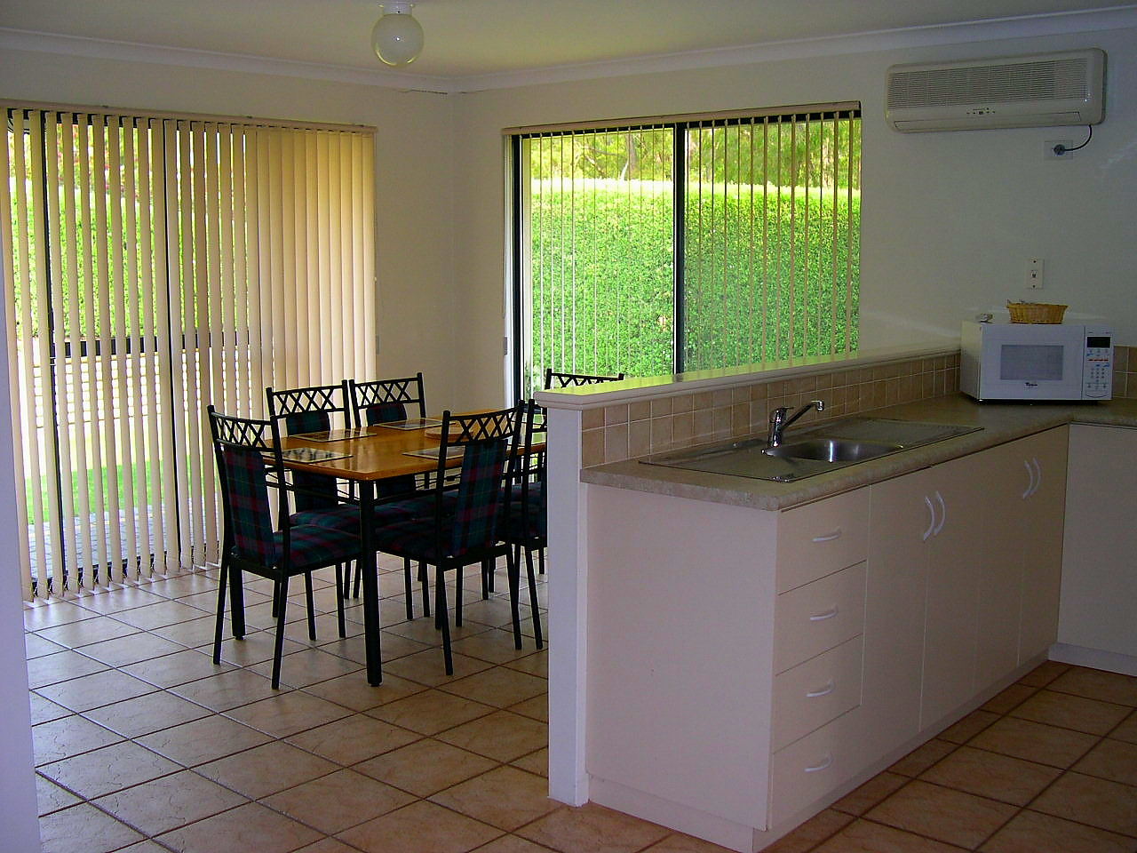 3 Bedroom Family Villa Kitchen