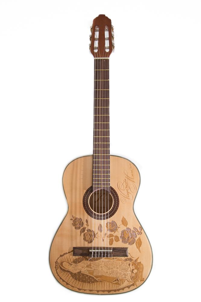 Guitarra Grabada