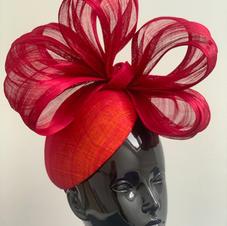 Scarlet bow £475