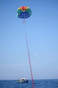 parasailing 2015.jpg
