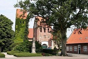 St.-Johannes-Kirche Wiefelstede, Bestattungen Wiefelstede, Rastede, Bad Zwischenahn, Oldenurg