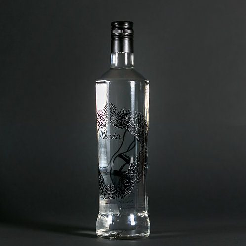 Liqueur Peach with Vodka Vizita 700 ml