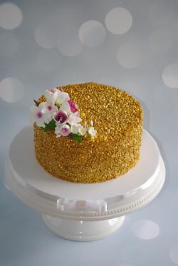 nc wedding cake gold sequins