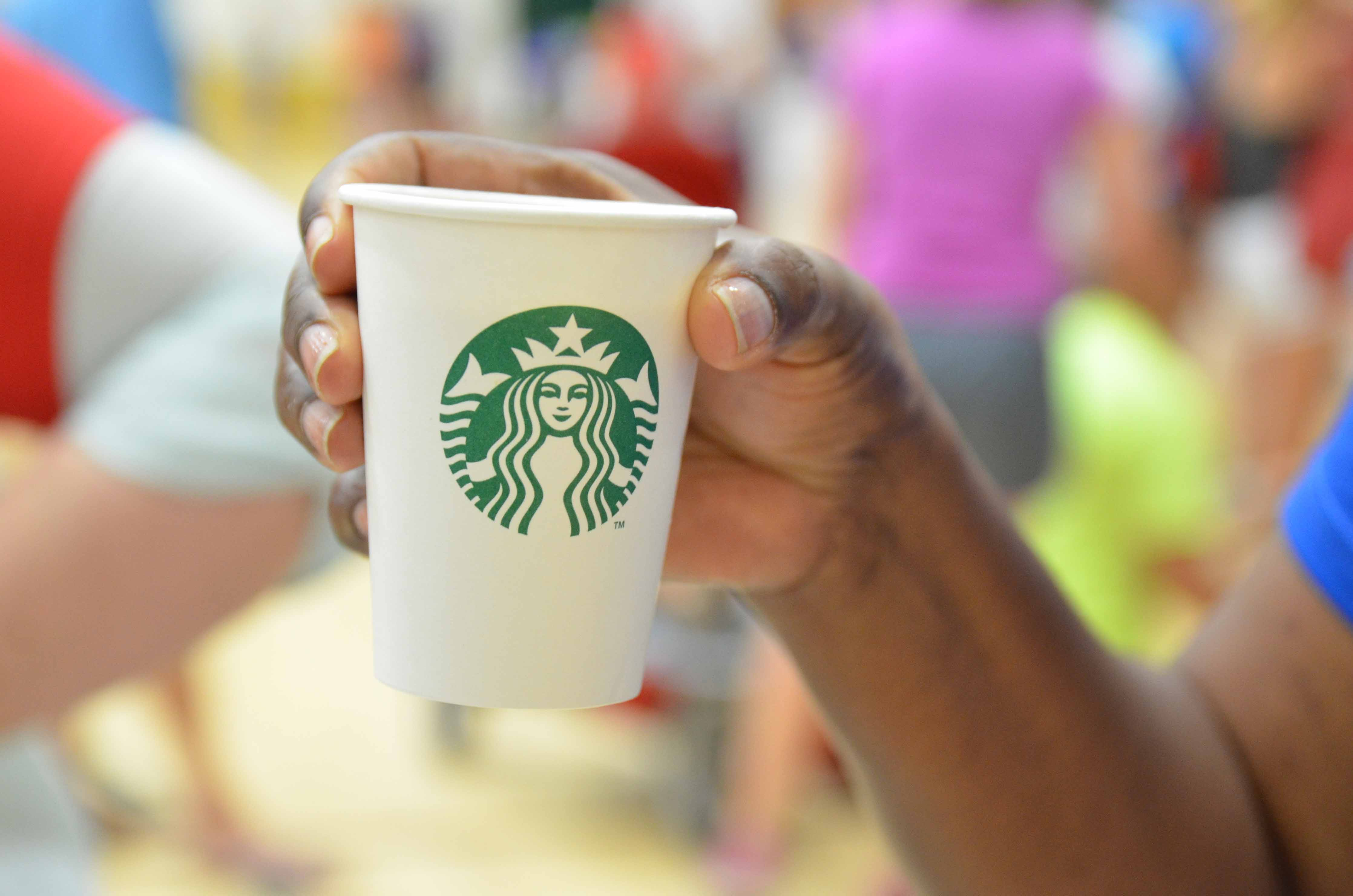 Starbucks-Kingfisher Dr
