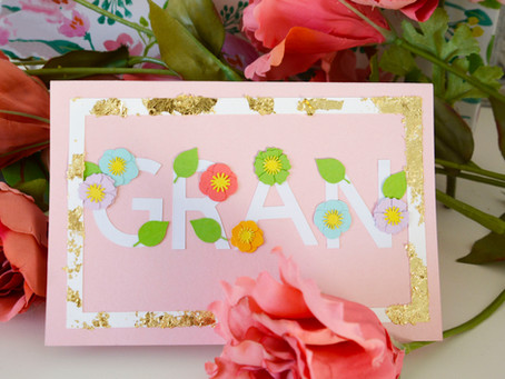 Floral Card using FREE designs in Cricut Design Space!