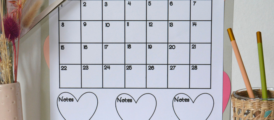 Easy free Cricut Project: Monthly Calendar