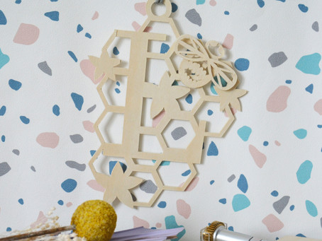 How to make a wooden wall hanging using free shapes in Cricut Design Space