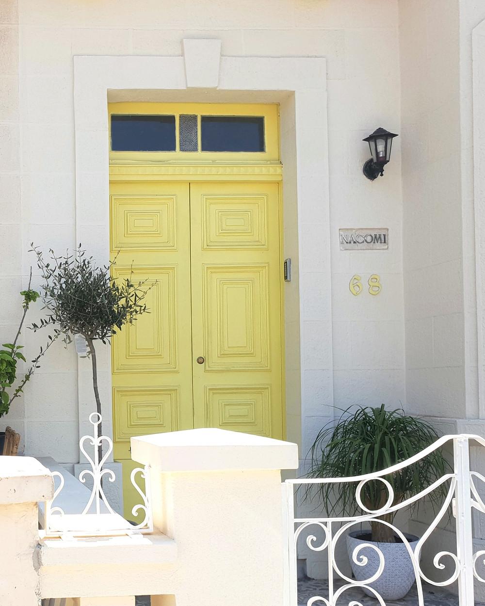 Malta yellow door