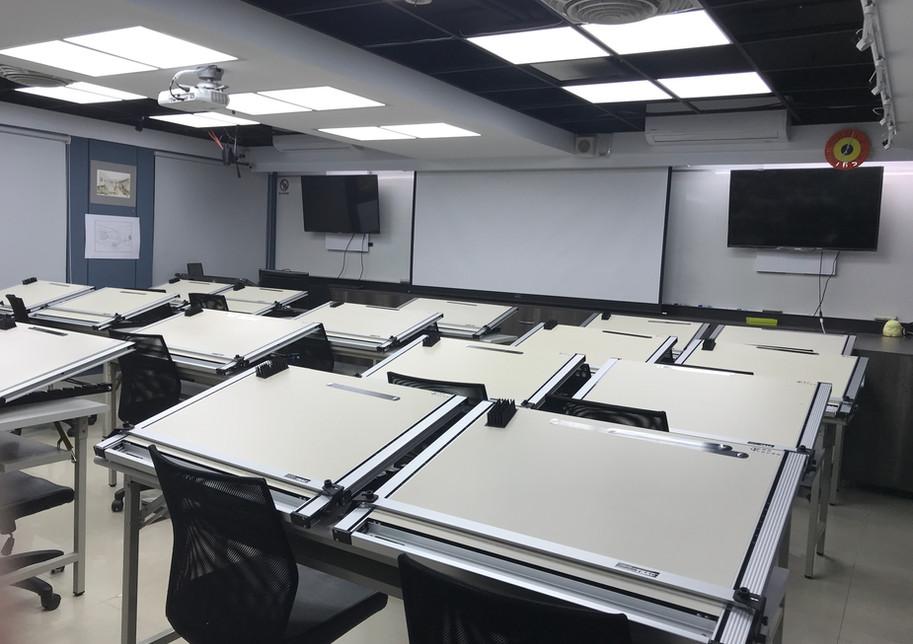 大教室-6