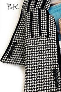 Mini Houndstooth Gloves
