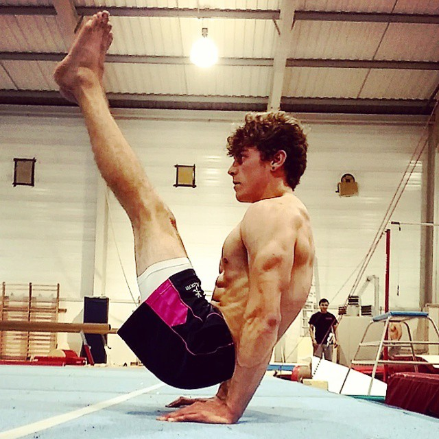 Instagram - Getting back into it and still repping @ntugymnastics :D #vsit #gymnastics #calisthenics