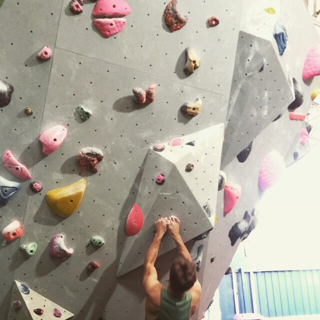 Campus challenge at Mile End Climbing Wall 💪 #climbing #campus #strength #dayoff 🙈