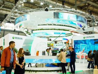 Виртуальная реальность, облачные сервисы и роботы: Сбербанк представил на «Иннопроме» цифровой банки